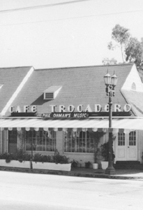 1934: Cafe Trocadero Opens
