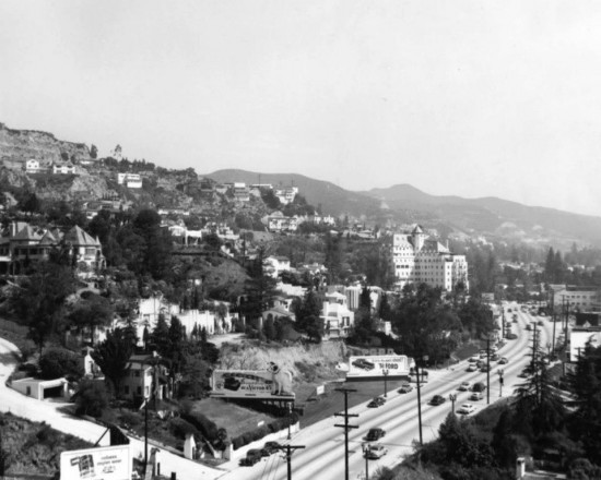 photo-1950-sunset-strip-looking east